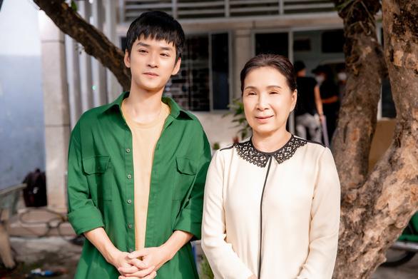 Lam Trường, Tóc Tiên, Erik ngợi ca Việt Nam tử tế - Ảnh 3.
