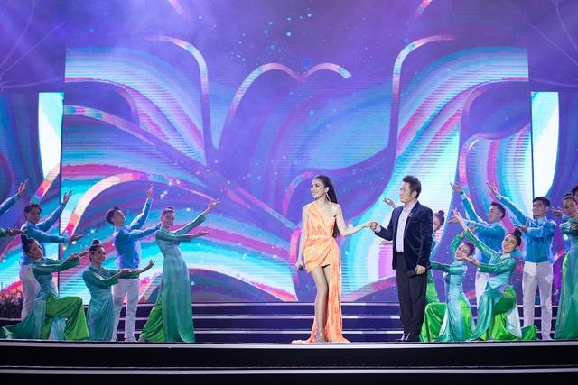 Lộ diện 35 người đẹp được chọn vào Chung kết Hoa hậu Việt Nam 2020 – 1