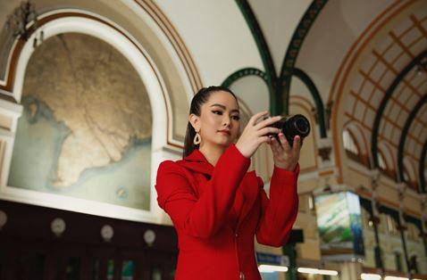 Nữ doanh nhân Thái Thiên Hồng Đào cuốn hút với phong cách thời trang hiện đại