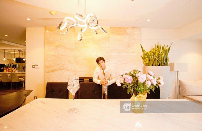 doc-quyen-he-lo-khong-gian-can-penthouse-300m2-sang-xin-cua-nathan-lee-o-trung-tam-tphcm-choang-khi-luot-den-view-phong-chill-5ba-5808084